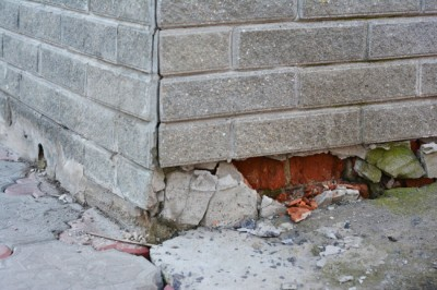 Louisville, KY shifting foundation is another example of how foundation problems cause roof damage.